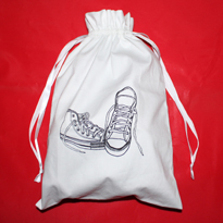 White twill cotton shoe bag